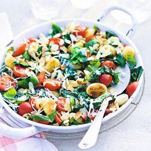 Recept - Gnocchi met basilicum en tomaat - Allerhande