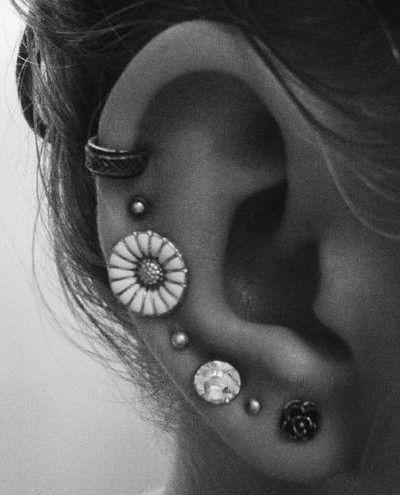 Vintage cartilage piercing earrings #cartilage #earrings www.loveitsomuch.com