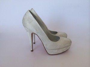 Model: Stefania Pizzo - Collezione di Scarpe da sposa di Gloria Saccucci
