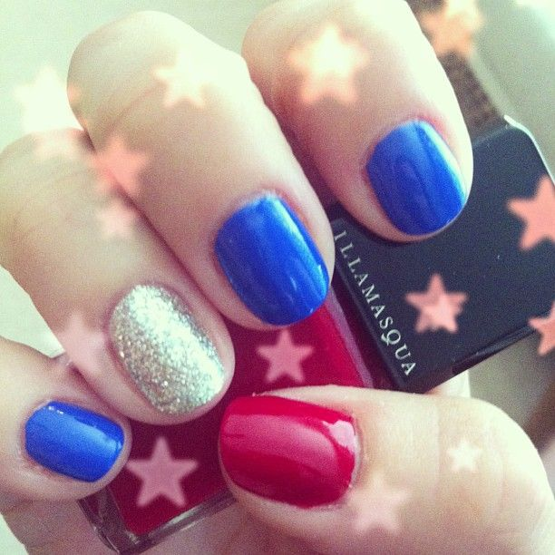 ladykatie86's festive tips. Show us your 4th of July-inspired nails! Tag your pic #SephoraNailspotting to be featured on our social sites.