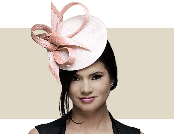 DISC FASCINATOR - Disc in Sinamay With Knotted Buntal Bow. Philip Treacy.  Fascinated by Brit special occasions.  ba74608c52d