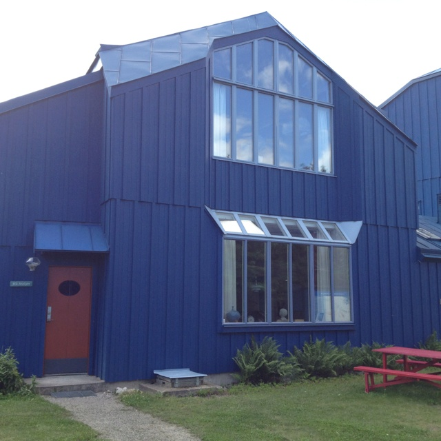anthroposophic architecture: Blå ateljén in Järna- built as painting studio.