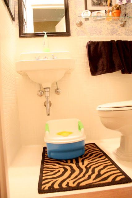 potty training ideasPotty Training Ideas, Adult Potty, Art Potty, Training Blogsworthread, Toddlers Potty, Clovers Lane, Bigger Potty, Blog Worth, Potty Training Tips