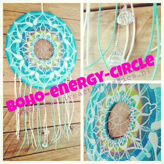 Boho-energy-circle 30cm en de lengte is ongeveer 60cm, for sale Www.creativeartbyjessica.nl #mandala #bohoart #mandalas #mandalapainting #handmade #hippieart #hippie #painting #schilderij #dromenvanger #dreamcatcher #feathers #veren #boho #hippie #hippieart #spirituality #spiritualiteit #zen #verlichting #enlightenment #heelheid #bohostyle #bohemian #ibiza #ibiza #handmade #creativeartbyjessica