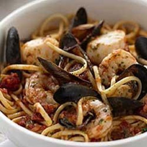 Linguine Pescatore is listed (or ranked) 3 on the list Carrabba's Italian Grill Recipes
