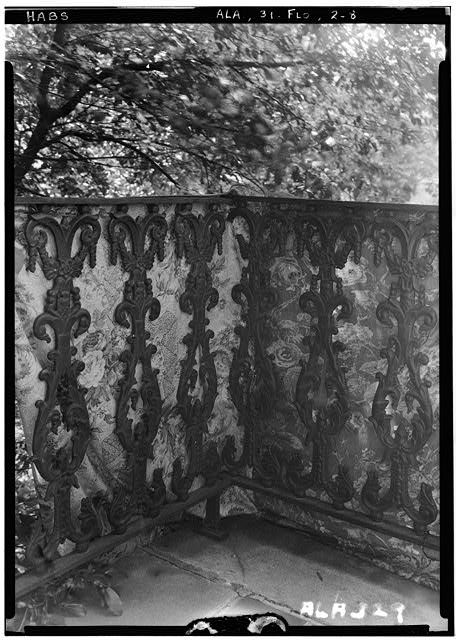 ca. 1850 Courtview, 505 North Court Street, University of North Alabama Campus, Florence, Lauderdale County, AL - Photos from Survey HABS AL-329   Library of Congress