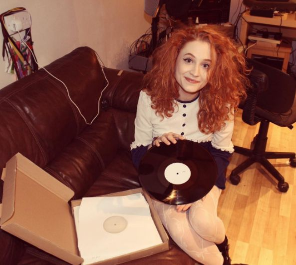 "Pre-order Janet Devlin's Debut Album on 12"" Vinyl - http://www.okgoodrecords.com/blog/2017/06/14/pre-order-janet-devlins-debut-album-on-12-vinyl/ - Last week, Irish singer-songwriter Janet Devlin unveiled that her debut album 'Running With Scissors' will be pressed on a 12″ vinyl! There will be THREE different vinyl options to choose from. The songstress just shared a new YouTube Video  listening to the test pressing of ... - Debut Album, indie, Janet Devli"