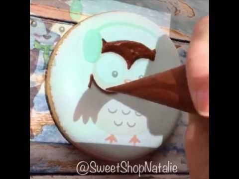 Owl cookies using a pico projector - YouTube