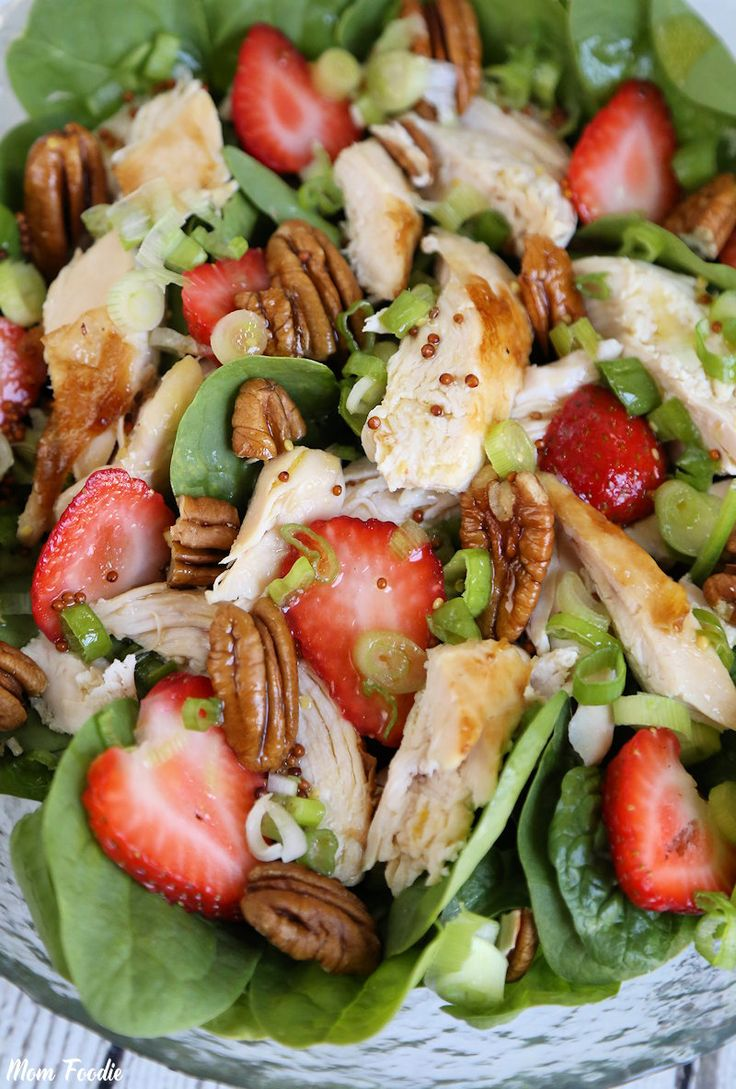 Strawberry Pecan Chicken Salad with Green Tea Citrus Vinaigrette: Fun Quick Summer Meal - Mom Foodie