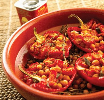 Slow roasted red peppers with smoky chickpeas recipeVegan Yummy, Chickpeas Recipe, Food, Belle Peppers, Roasted Peppers, Slow Roasted, Vegan Meals, Smoky Chickpeas, Roasted Red Peppers