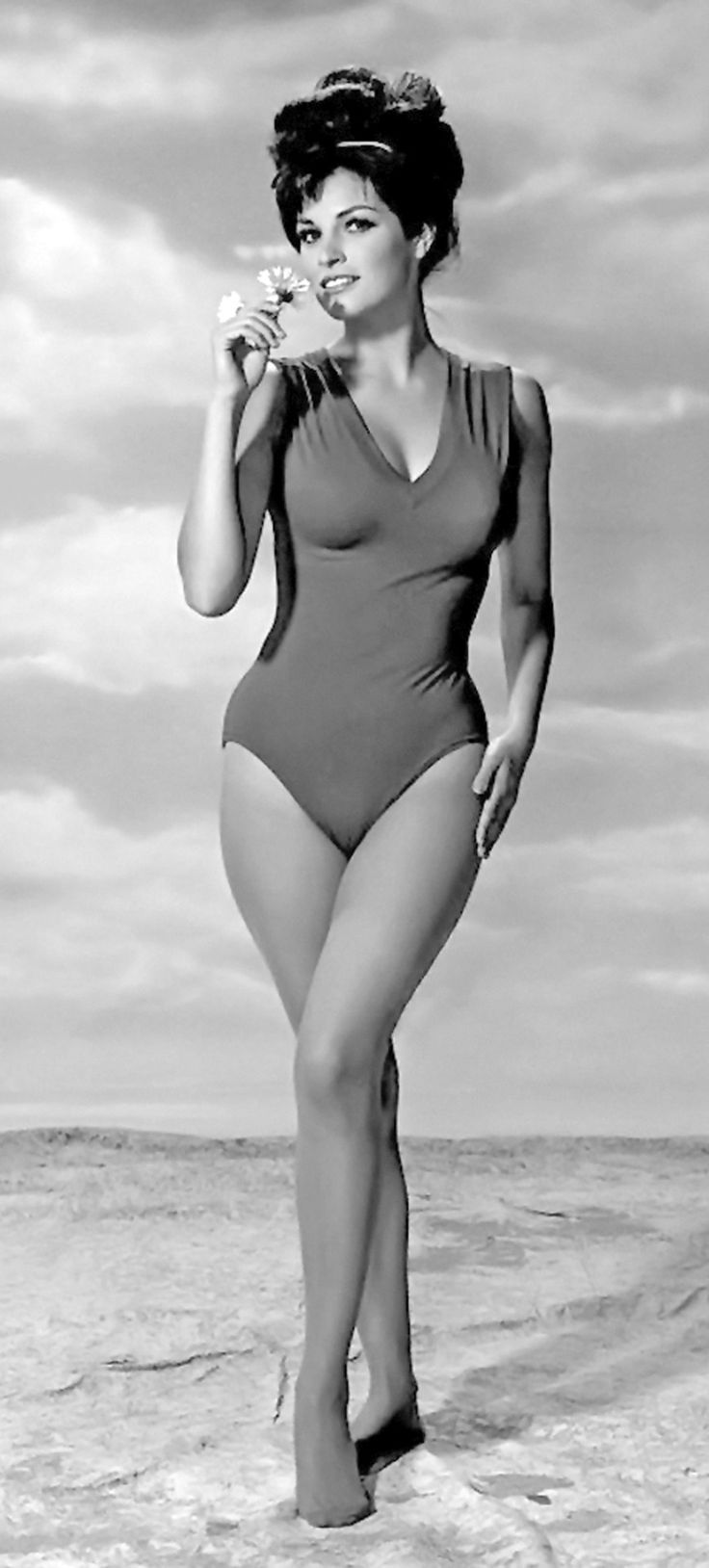21 best raquel welch playboy images on Pinterest   Celebs, Famous people and Beautiful women