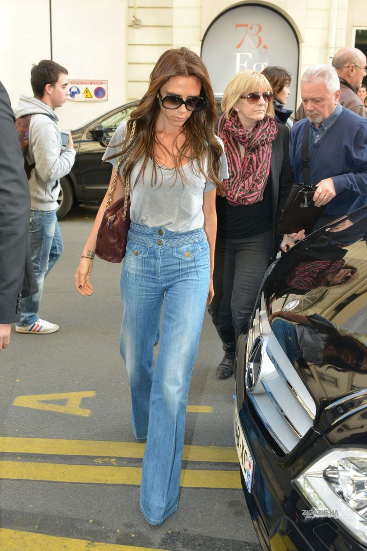 April 20th - Paris - Victoria, Jackie and Tony leaving Eres's shop and arriving at Costes's hotel - 027 - ZIGAZIG HA! Gallery