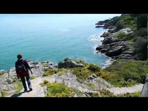 Concarneau - Bienvenue en Finistère - vidéo Tébéo - Bretagne - YouTube