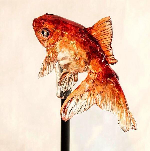 金魚をなめると甘いんだよ。 浅草・飴細工アメシン