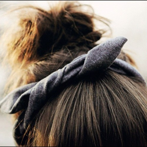 Nice.: Knot Headbands, Head Wraps, Casual Hair, Hair Ties, Messy Buns, Girls Hairstyles, Hair Style, Hair Bows, Tops Knot