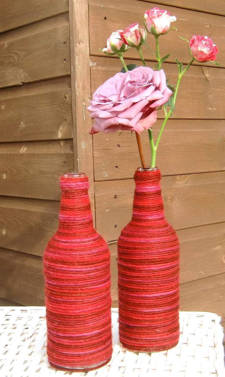 red yarn bottle vase- I think I could do that.