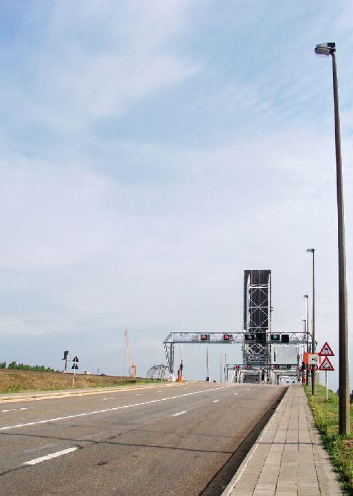 Antwerpen, Noordkasteelbruggen
