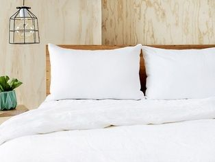 KING Ultra luxurious 100% pure linen quilt cover set in white (pillowcases included)