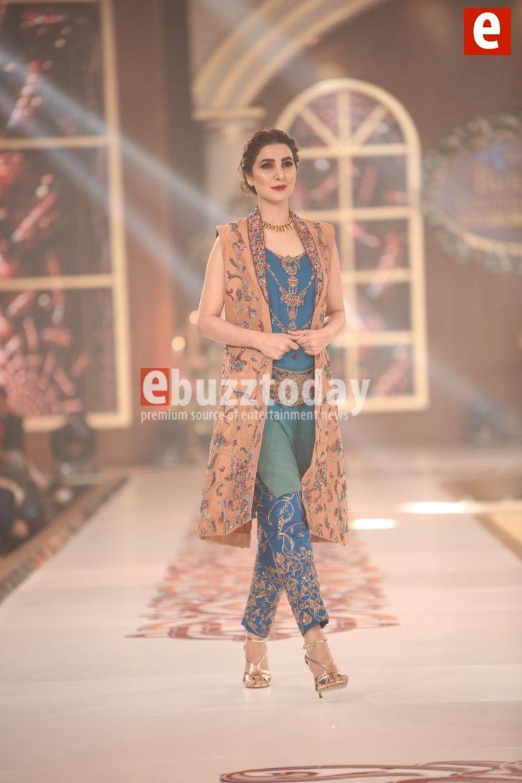 niloffer-shahid-telenor-bridal-couture-week-2015-ebuzztoday (136)