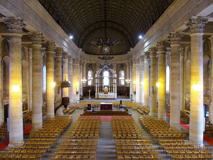 Eglise Saint-Louis (La Roche-sur-Yon) - TripAdvisor