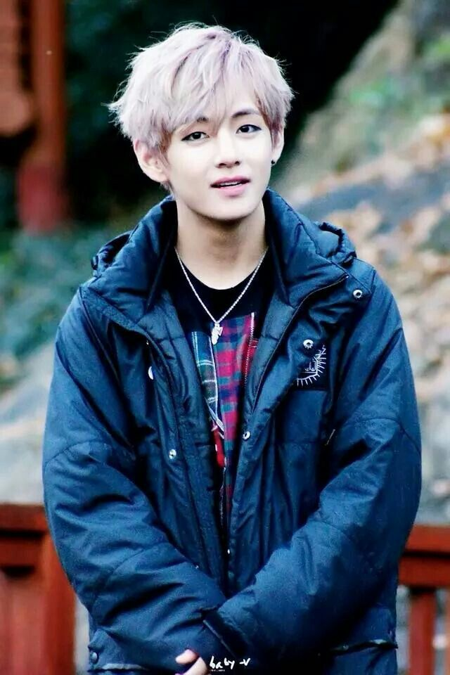I really love Tae with this hair color