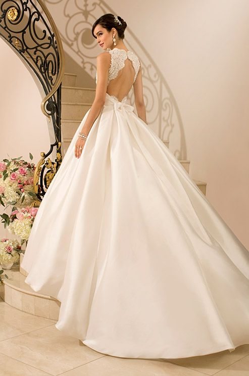 ♡ Princess Wedding Dress with cut-out back ♡ #Wedding #Planning #App for brides, grooms, parents & planners https://itunes.apple.com/us/app/the-gold-wedding-planner/id498112599?ls=1=8  how to organise an entire wedding, within ANY budget ♥ The Gold Wedding Planner iPhone App ♥ http://pinterest.com/groomsandbrides/boards/  for more magical wedding ideas ♡