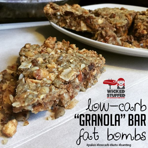 These low carb granola bars are high in fat = great for a low carb keto diet!