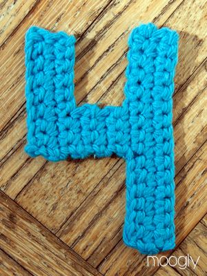 Crocheting Numbers : ... crochet on Pinterest Crochet numbers, Free pattern and Crochet