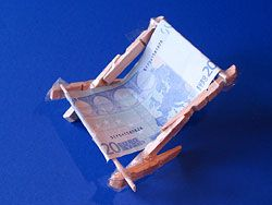 Sun Chair made out of money - holiday money gift