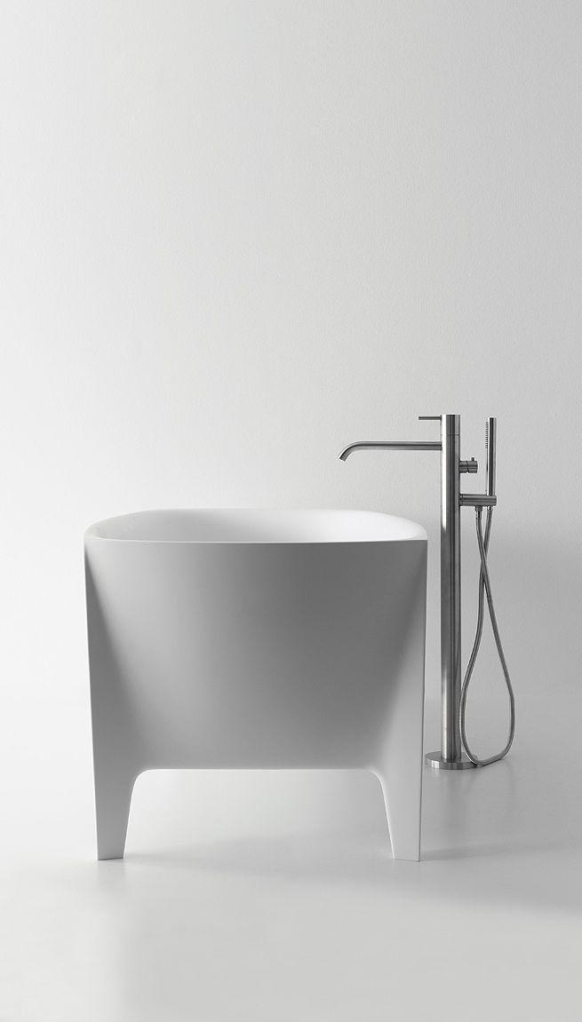 "Bathtub ""Edonia"": minimal and white pure ceramic design | bathroom . Bad . salle…"