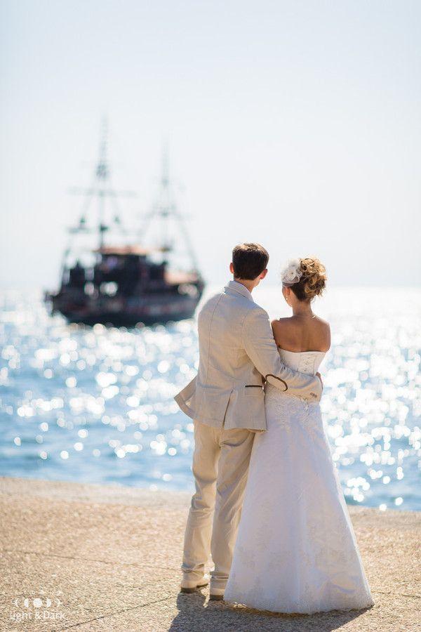 On the shore of dreams. Wedding photo by Aleksander Hadji. www.light-n-dark.com