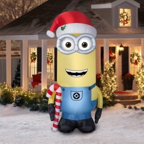 25 best ideas about giant minion on pinterest minions for Airblown decoration