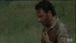 Rick Grimes Meme   Rick Grimes removes shirt gif Walking Dead 4x02 Infected