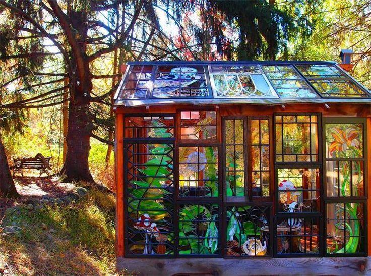 Doğanın Ortasında Mükemmel Bir Ev: Alice Harikalar Diyarı Masalından Çıkmış Gibi Camdan Yapılmış Minyatür Bir Ev