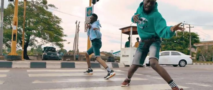 """Olamide – Wo Official Dance Video Olamide – Wo official dance video. The YBNL boss and famous Nigerian singer, Olamide's latest single """"Wo"""" has been on top of the trending list with many Nigerians joining in the wo dance challenge. SEE ALSO:Lady's Butt Got Fried During A Twerk... #naijamusic #naija #naijafm"""