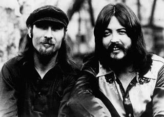 "Do you remember ""Hummingbird"" by Seals and Crofts (1972)?  I always loved this song - you'll find it at my blog."