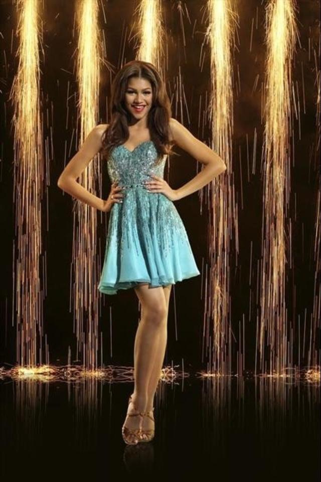 Zendaya dancing with the stars