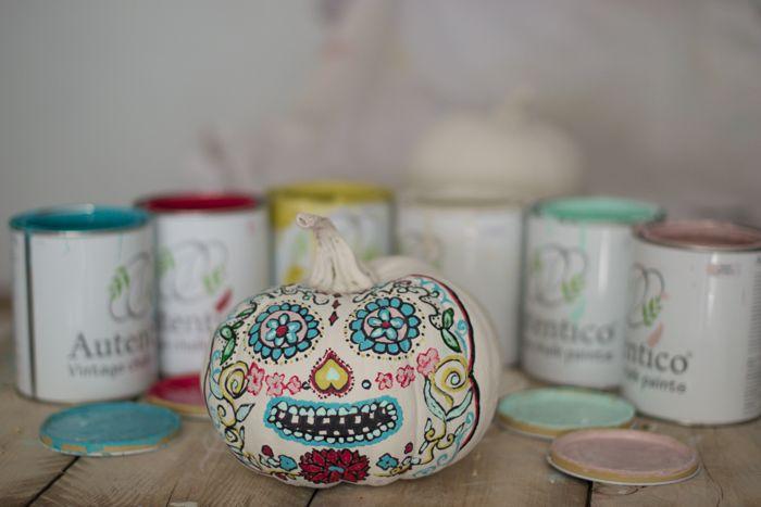 calabaza, pintada autentico  chalk paint, calavera mexicana. pumpkin, Hadas y Cuscus
