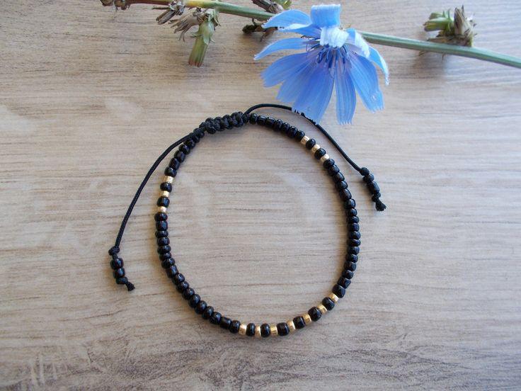 Adjustable Friendship Bracelet, Black and Gold Seed Bead Bracelet, Sliding Knot Bracelet,  Minimalist Bracelet by BluePinkJewelry on Etsy