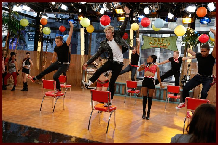 "teen beach movie disney channel | Watch: ""Teen Beach Movie"" Cast Takes Over Times Square & Performs ..."