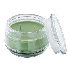 Приятный аромат летнего луга и мягкий свет свечи создают располагающую атмосферу. Цвет свечи хорошо виден, а свет красиво преломляется через прозрачное стекло. Свеча сохранит красивый цвет в течение всего времени горения. Когда свеча не горит, закрывайте ее крышкой. Это надолго сохранит аромат. Когда свеча прогорит, стеклянную емкость с крышкой можно использовать для хранения различных мелочей.