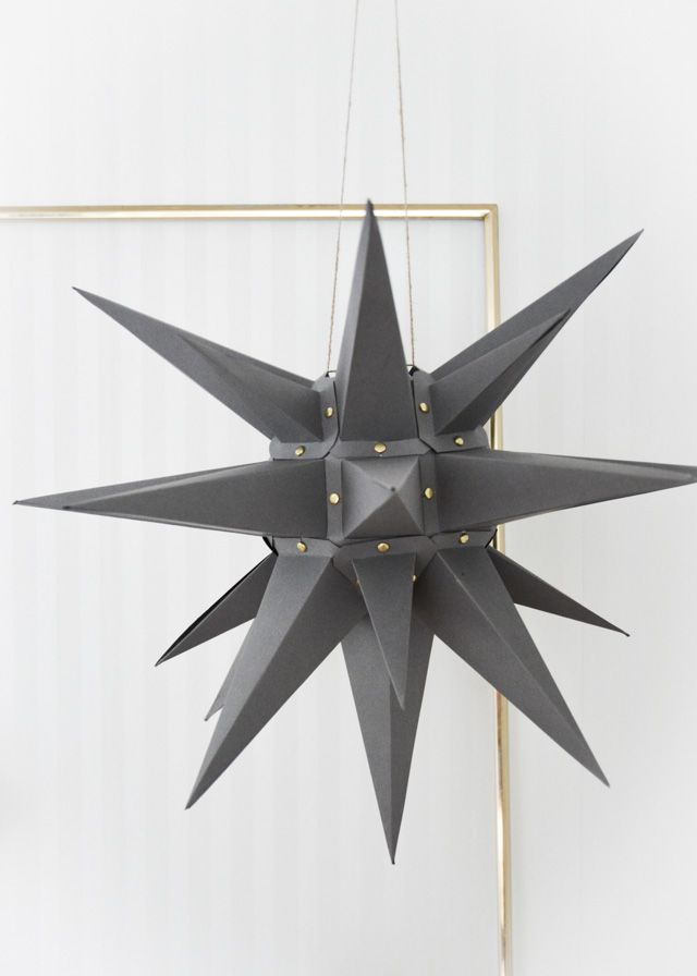 Make your own Christmas star. Free template to download and tutorial in post.