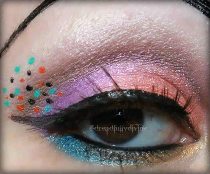 Check out this Fantabulistic EOTD created by Dreadfully Divine using some of her BeautyBarBaby Mineral Makeup eye colors in Miss Daisy, Sweeten Up, Asiatic Lily, Ritual, Brownie, Marigold, Blue Hydrangea,and Gold Fairy dust (over Brownie).