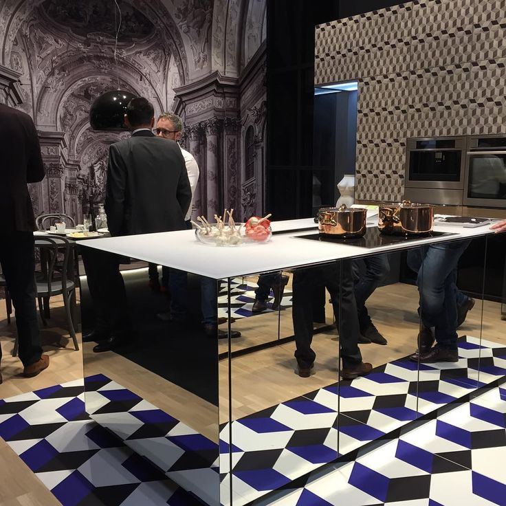 Salone del mobile #milano #design #salonedelmobile #eurocucina #mirror #kitchen