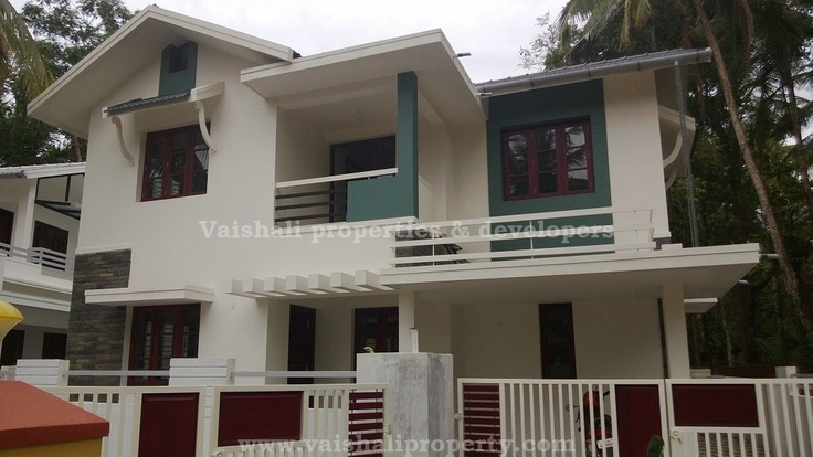 4.25 cents, 1700sq.ft, 4 bhk house for sale in near Edakkad , Kozhikode. This 2 storied, 1700 sq.ft , 4 bhk house is built on 4.25 cents of land. It is just 150 mtrs from the bus route and is accessible by all kind of vehicles.