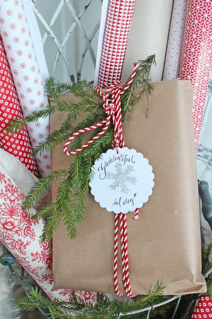 VIBEKE DESIGN.. Beautiful gift wrapping idea!!