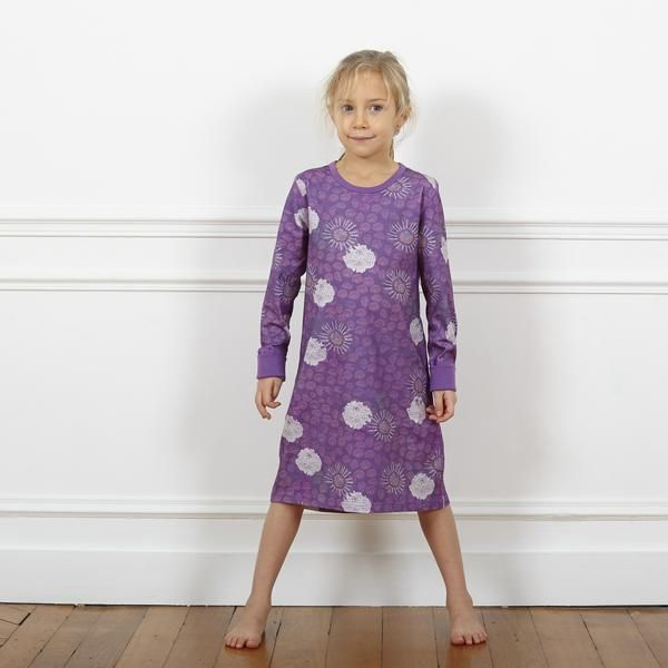 Our classic Nightdress in the Purple Flower series, an absolute must for all fabric conscious parents looking for the best cotton there is. Our GOTS certified, combed organic Pima cotton.