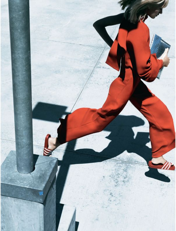 Elle UK December 2014 | Amy Hixson by Jan Welters
