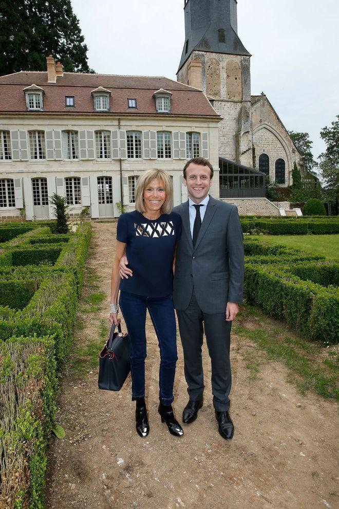 Brigitte Macron jean bleu De Thiron Gardais 2016