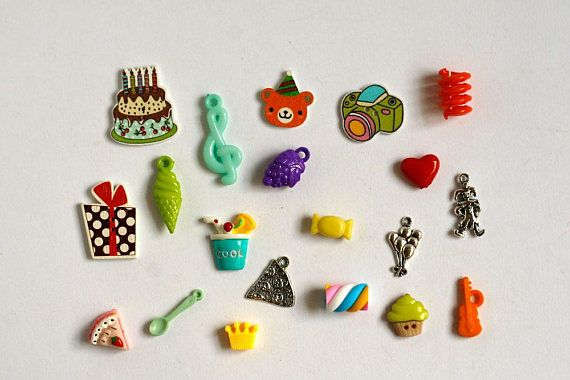 Birthday theme trinkets for I Spy bag, I spy bottle and other games or crafts. This set created with mix of charms, beads, buttons and miniatures.  QUANTITY: 20 trinkets MATERIALS: Plastic, resin, alloy, wood SIZE: 1-3 cm (3/8- 1 inch)  SHIPPING Ships from Israel with registered air mail.